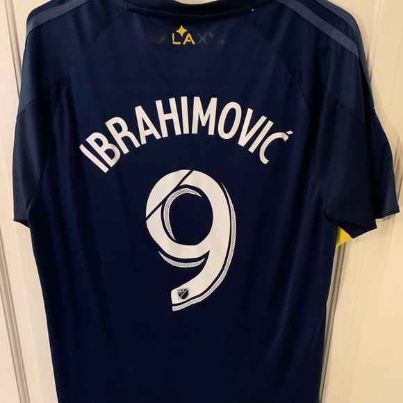 zlatan ibrahimovic jersey
